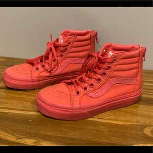 Vans Off The Wall High Top Skate Shoes - All Pink